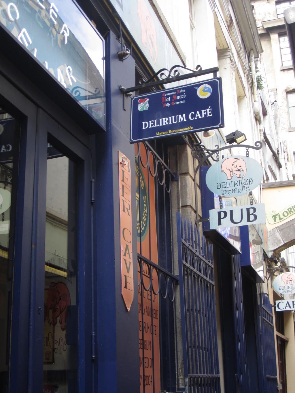 Raj piwny w Delirium Cafe w Brukseli