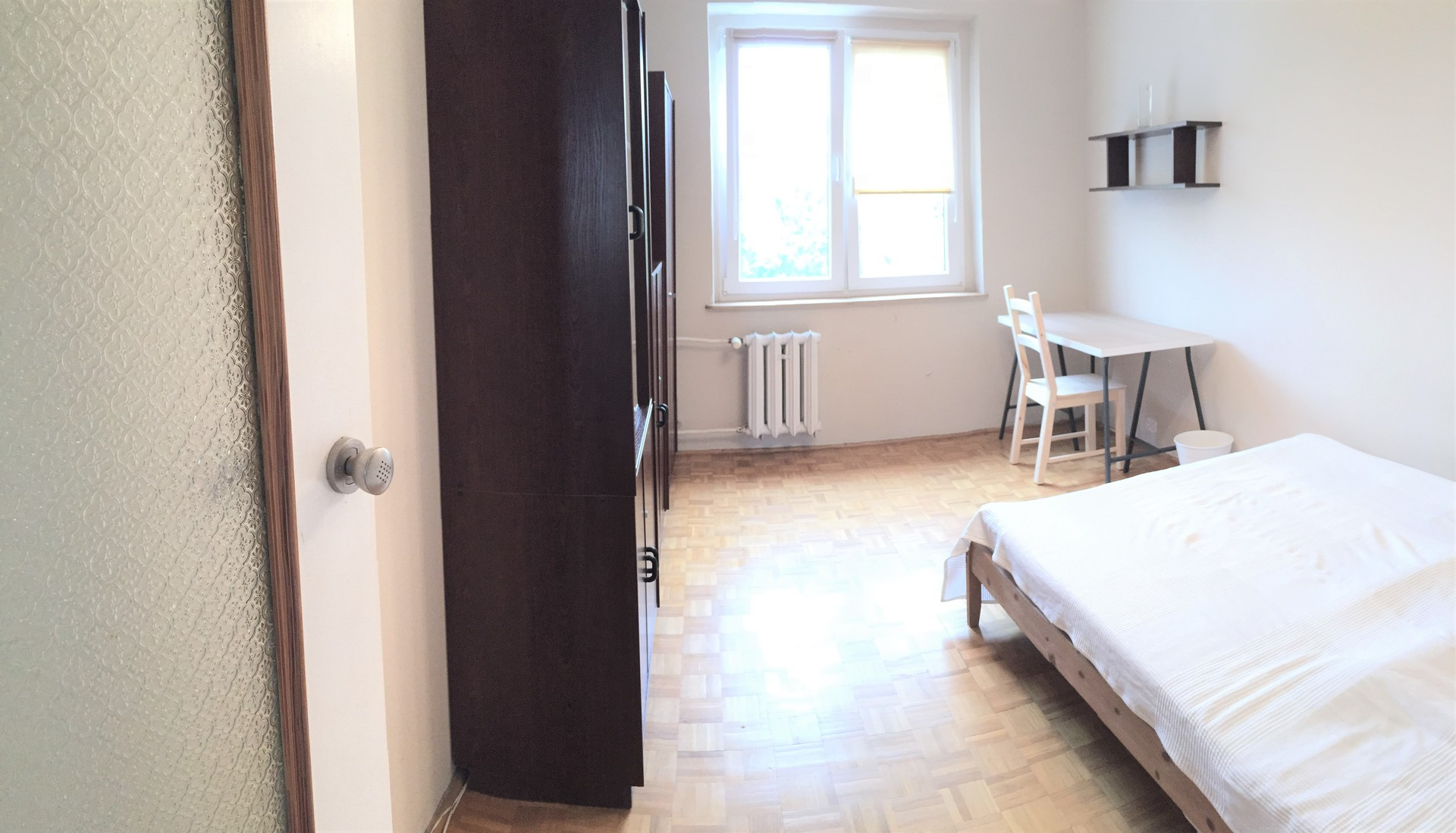 recently refurnished with ikea room 14m2 20min from city center
