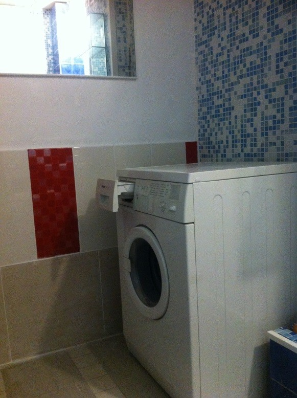 Recently renovated 3-rooms Center apartment