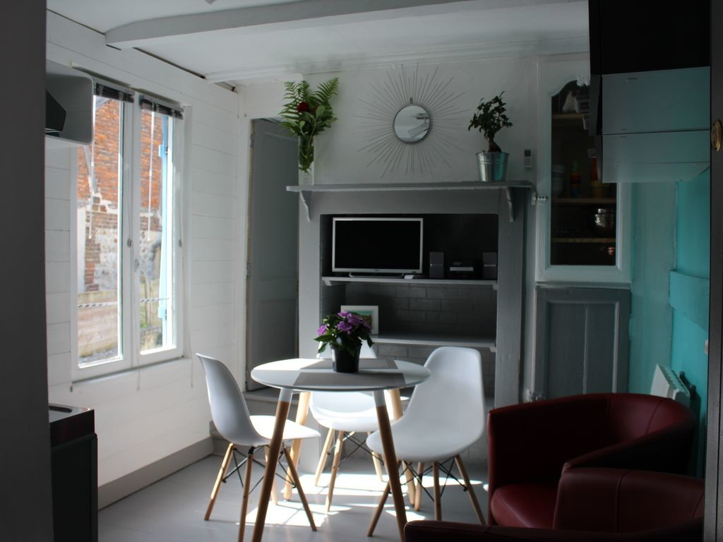 Renovated Apartment Near The Harbor Shops And Beach In Honf