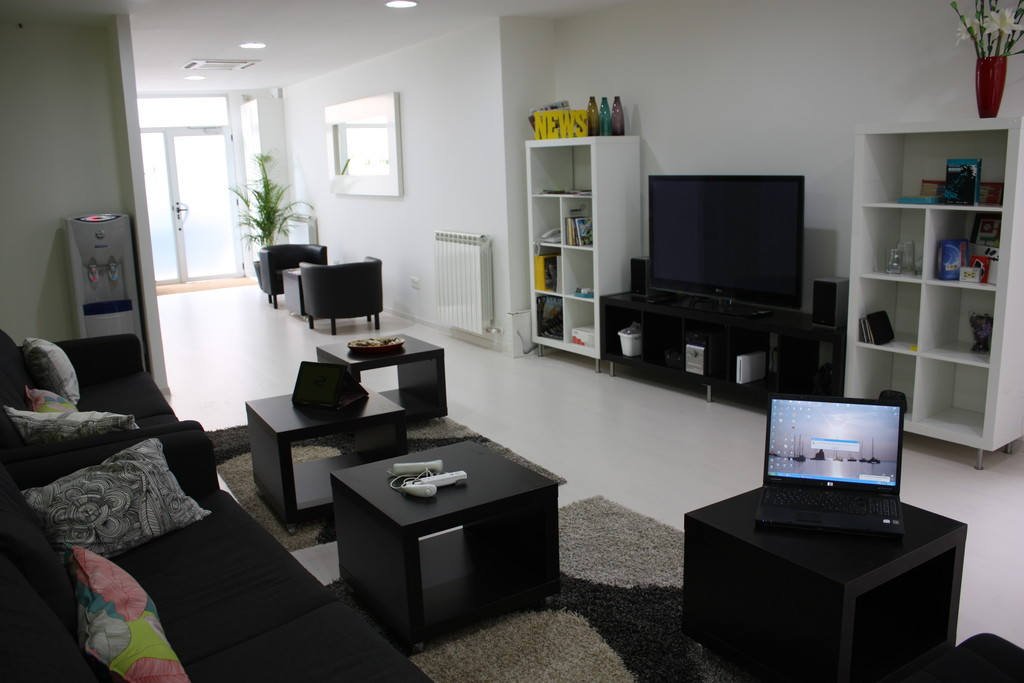 Residencia de estudiantes en el centro de sabadell a 6 for Residencia para estudiantes