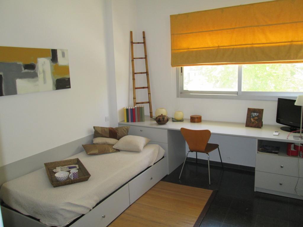Estupenda habitaci n apartamento en campus lleida for Residencia para estudiantes