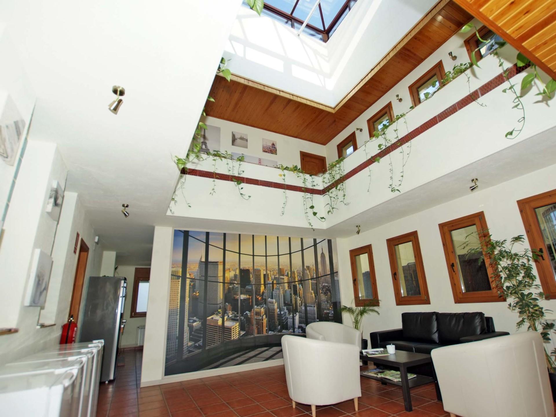Residencia de Estudiantes - Habitación individual + ½ pensión