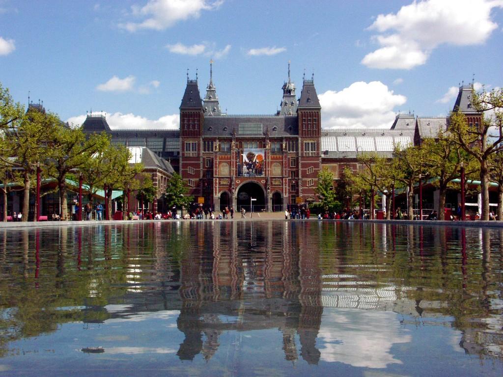 rijsk-museum-amsterdam-bee66ecf8f4efe91a