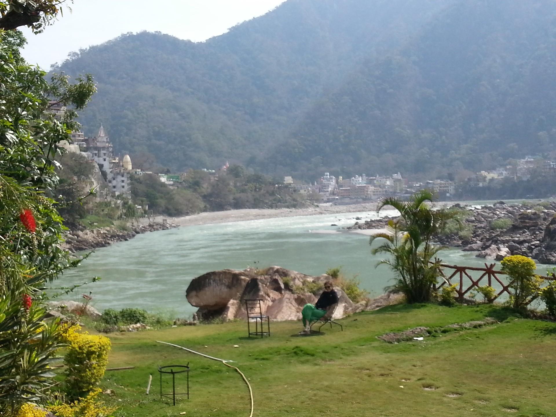 rishikesh-indian-town-great-spiritual-th
