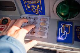 Ritirare soldi in banca