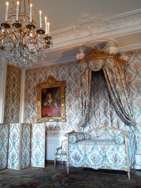 ritorno al lusso dell'epoca di Luigi XIV