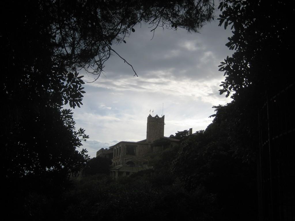 Roc de Sant Gaietà. Daytrips.