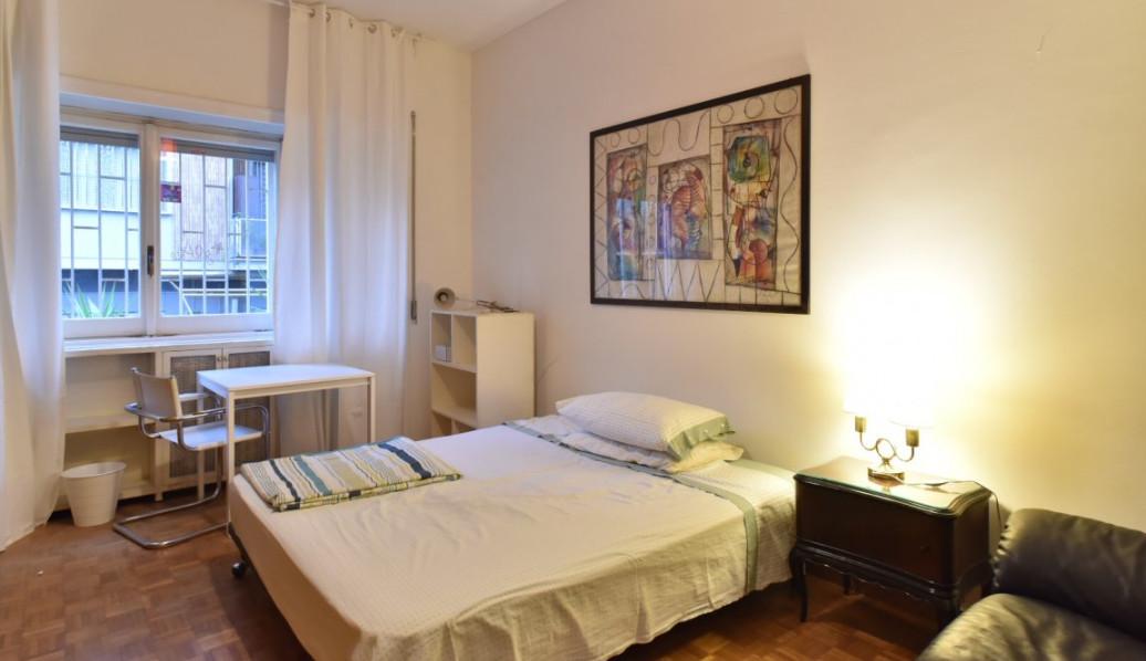 Rome, Quartiere Trieste/Salario - Spacious bedroom available nea