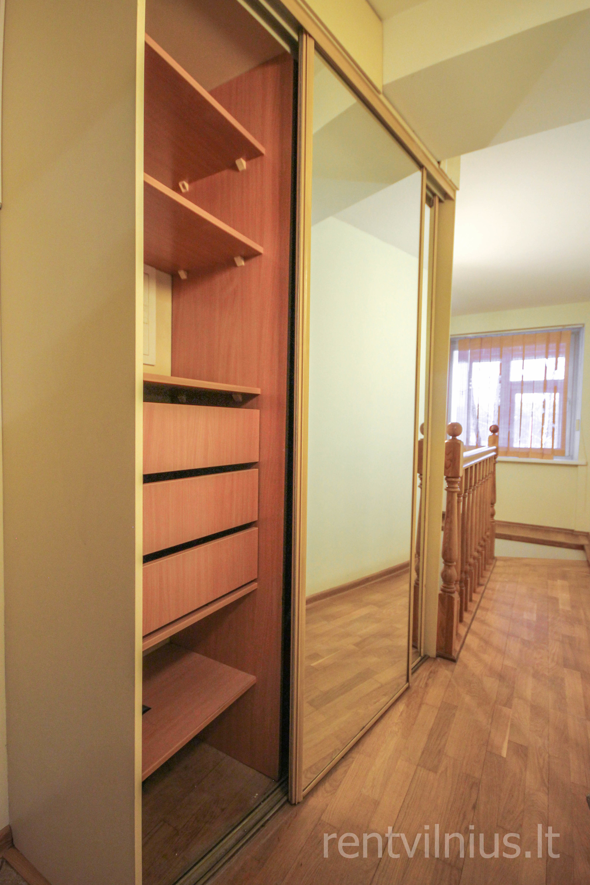 Room in 4-room apartment near the universities