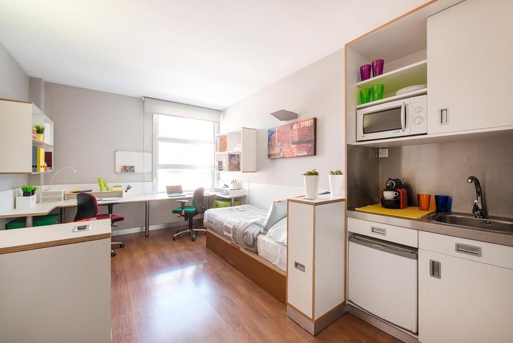 En Suite Bath: Room With En-suite Bathroom & Full Board