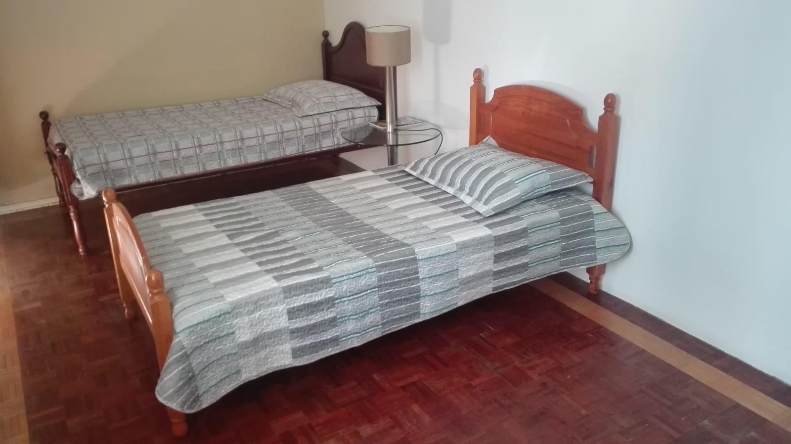 ROOM IN FARO FOR 1 OR 2 GIRLS