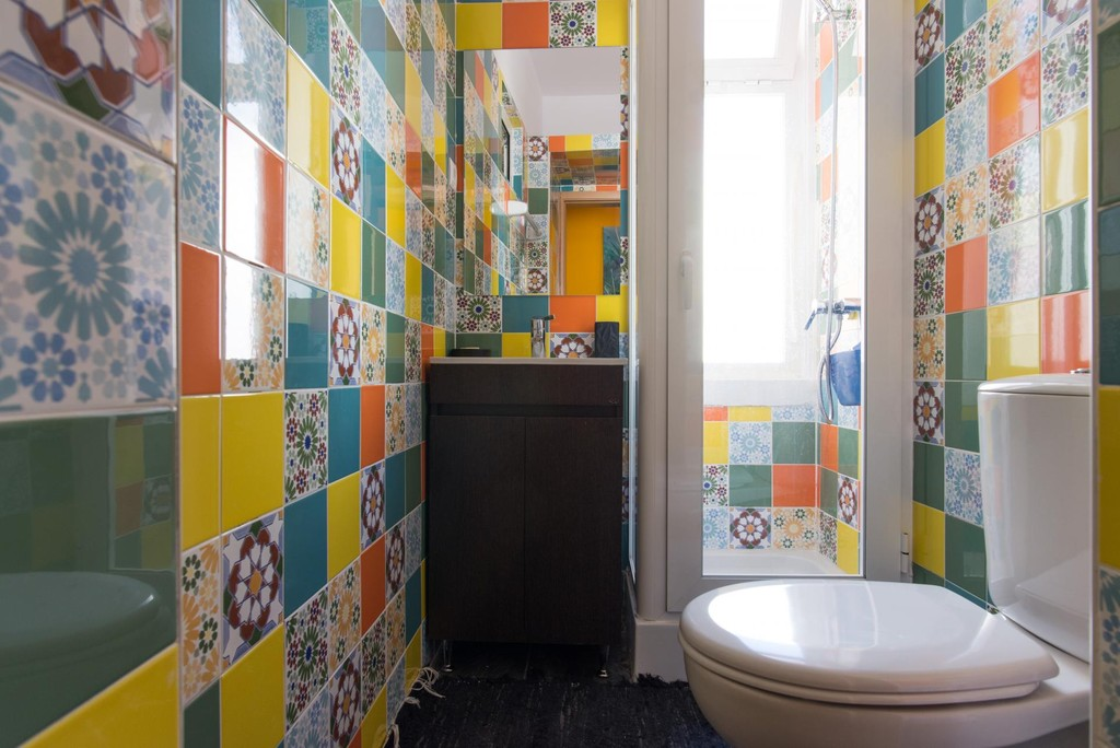 Room near Center of Lisbon