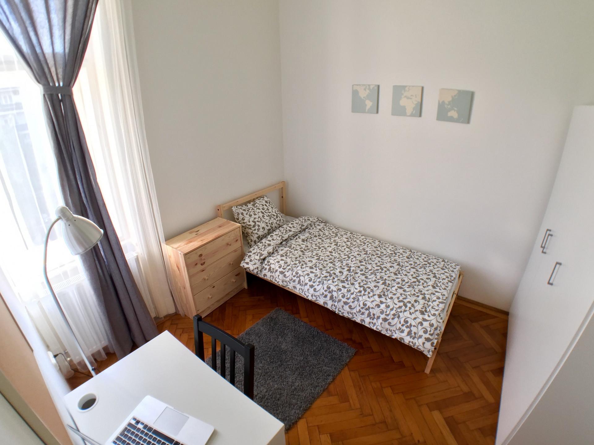 Budapest,  Ülloi út 36