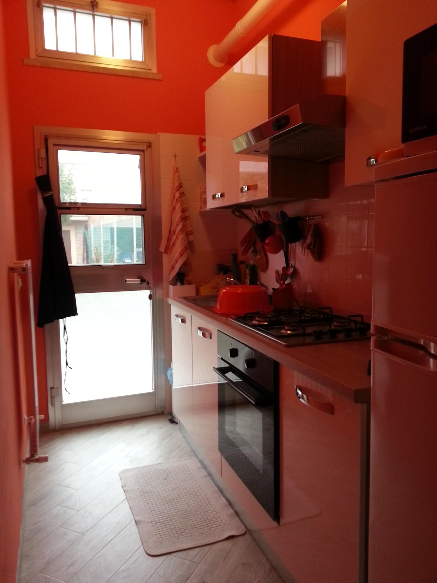 room-private-bathroom-center-ferrara-272d78ad14671996c0f52fd70c235a9b