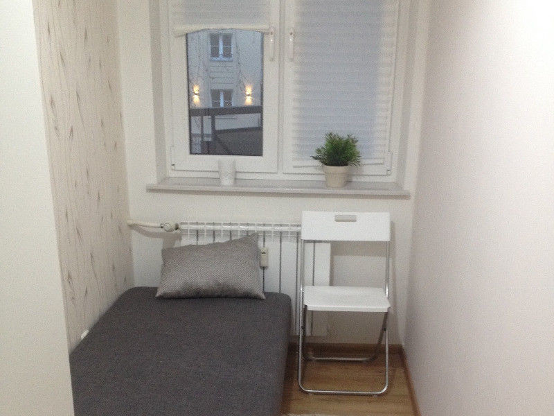 room-rent-9b3ee1022ea01adb4f64204697646b86
