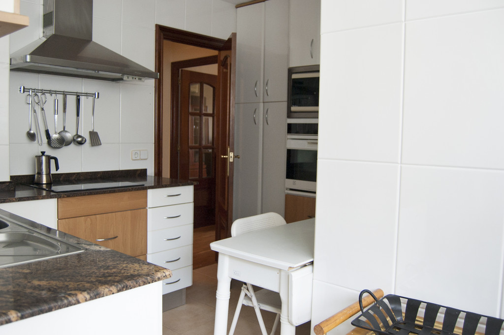 Room For Rent In Barcelona With Private Bathroom And Expenses - Rooms for rent with private bathroom and kitchen