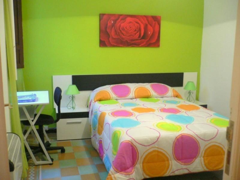 room-rent-plaza-nueva-b240ae8c8cabf51cb2e6379fab140872