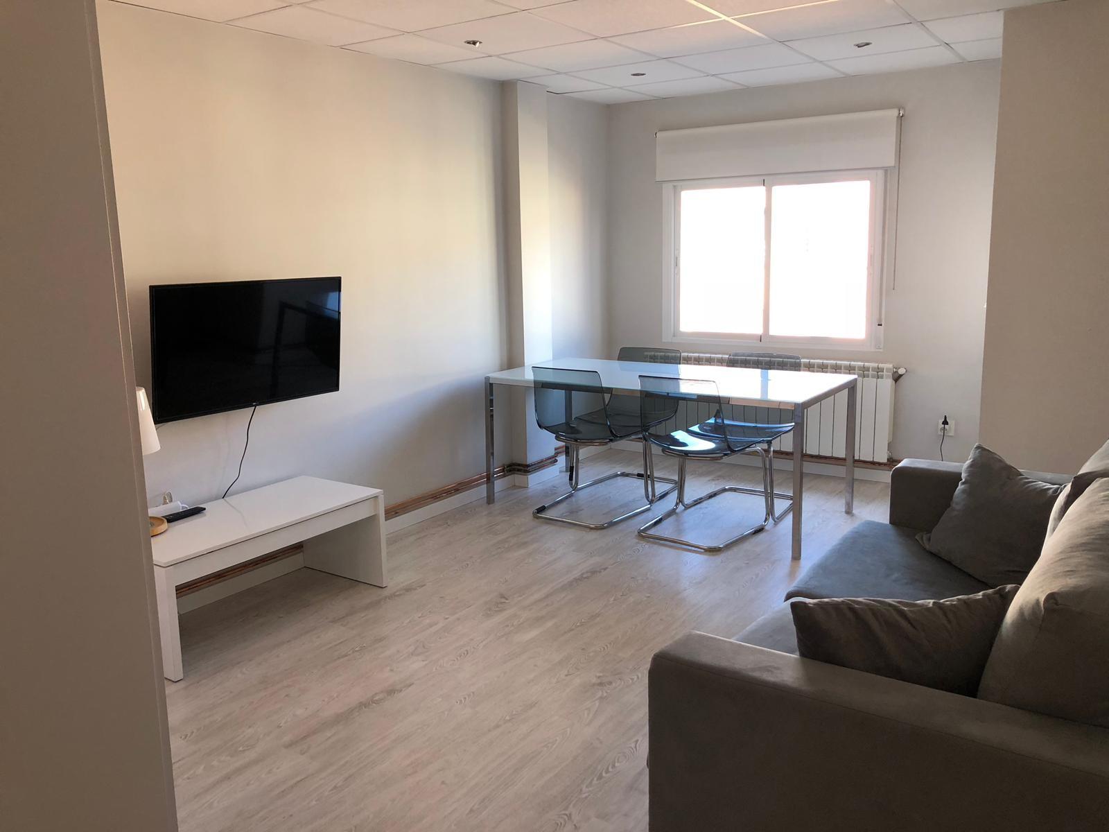 room-renting-renovated-apartment-1c72431