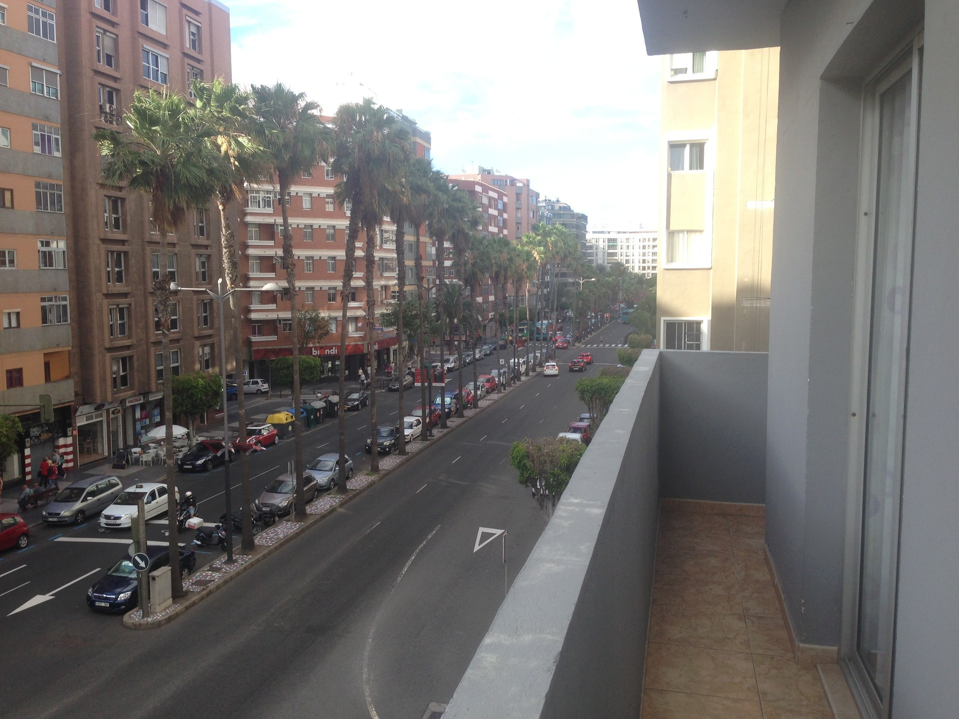 Room in shared apartment in avenida Mesa y Lopez,