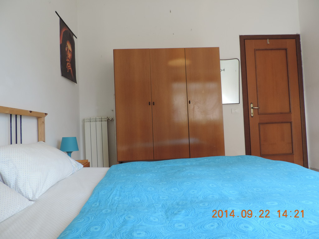 Mario Bedroom Room Spacy And Full Of Light For Rent Universita Cattolica Gemelli
