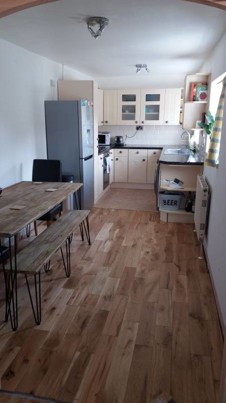 room-tidy-student-home-walking-distance-streatham-campus-city-centre-17bb09c70f8c31eb721f6149beb11745