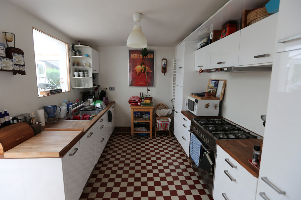 Room With Private Bathroom In Cozy House Room For Rent Brussels