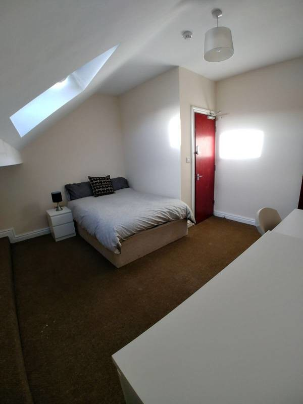 Rooms in Liverpool