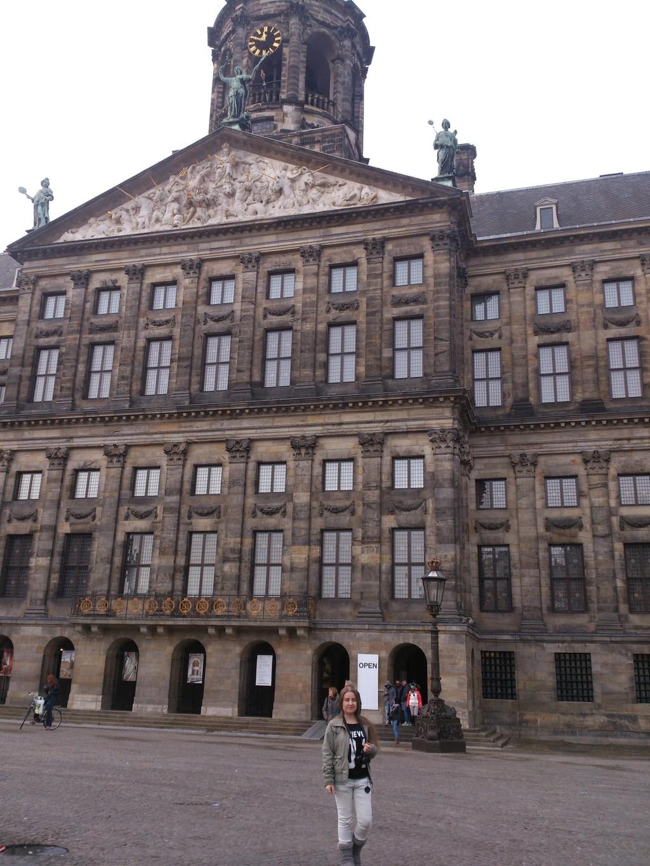 royal-palace-amsterdam-place-visit-amste