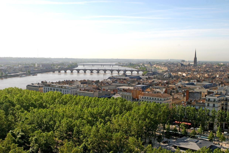 Sara'nın Bordeaux, Fransa Deneyimi