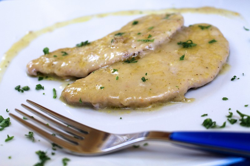 Scaloppine with lemon (thick sauce)