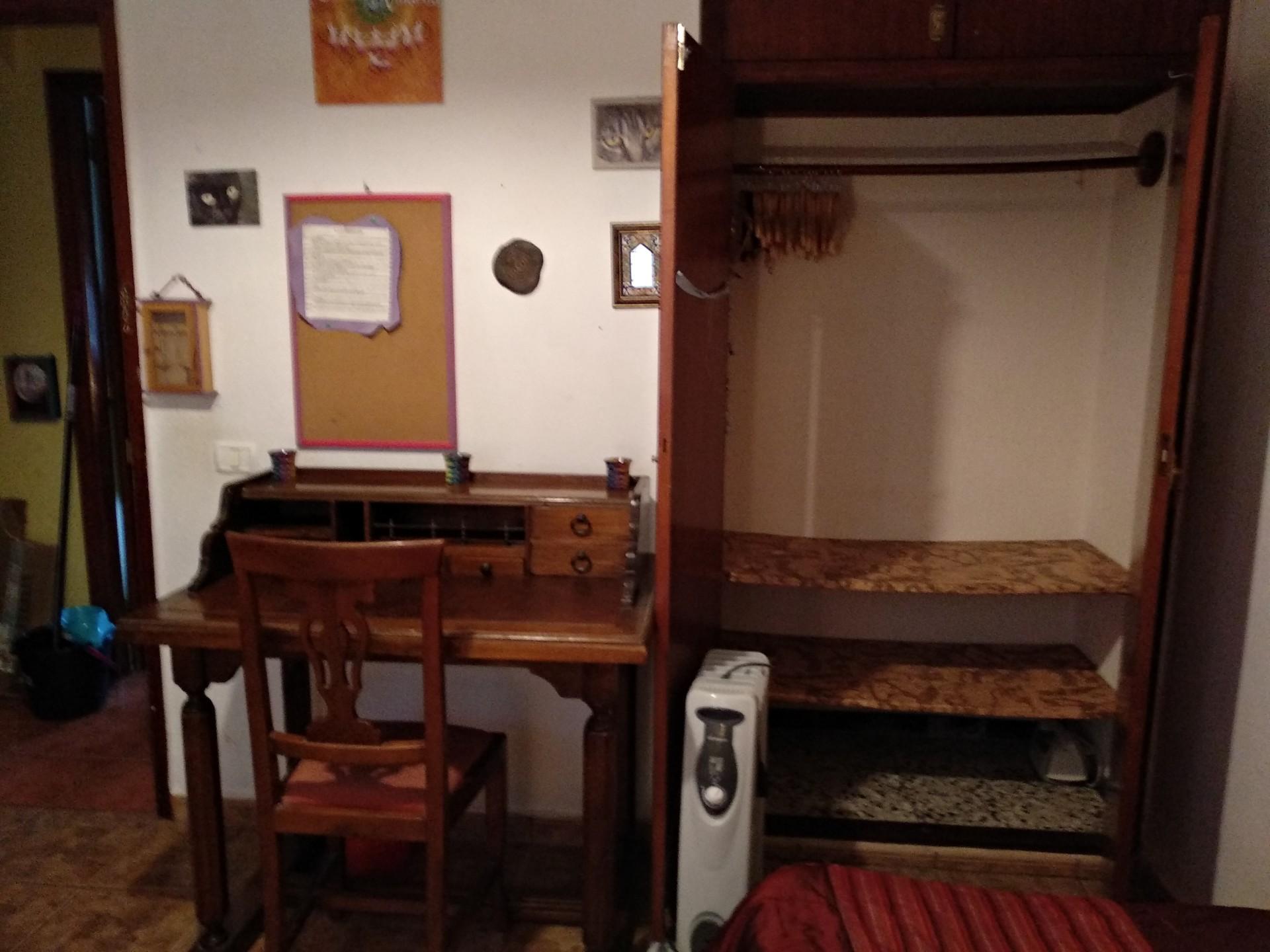 Se   alquila  habitacion cama individual,armario empotrado,telev