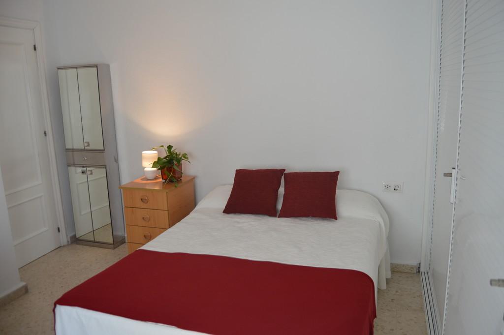 Se alquila habitaci n en piso sevilla centro alquiler for Pisos para alquilar en sevilla particulares