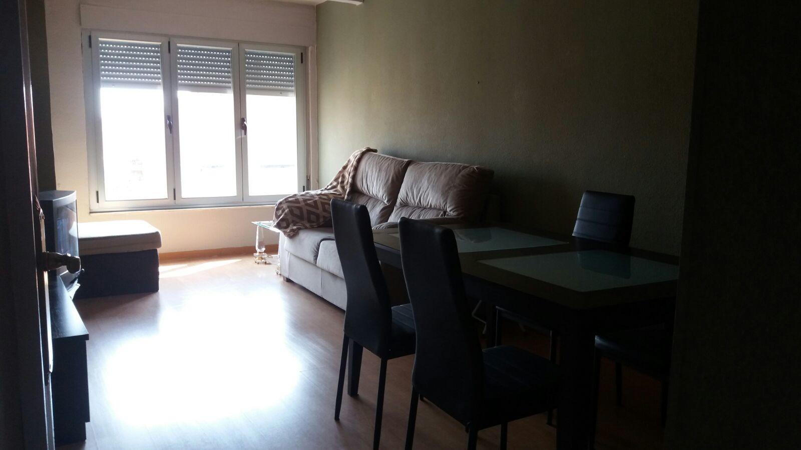 se-alquila-piso-amueblado-3-habitaciones-cocina-salon-bano-equipados-cerca-universidad-ideal-estudiantes-4f5337c39794bd4a4162d064a8c6a6cc