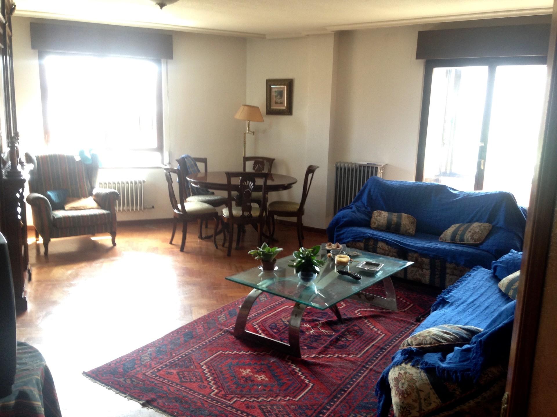 Se alquila piso por habitaciones zona del pol gono x y el for Alquiler de habitaciones para 3 personas