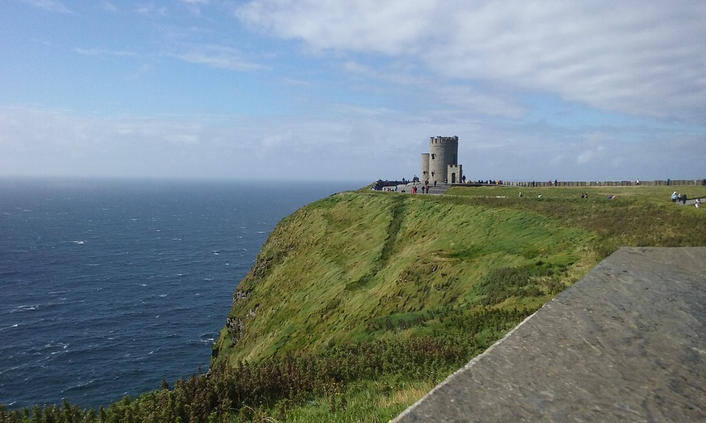 see-cliffs-moher-dce86bccf8ad923094f25cb