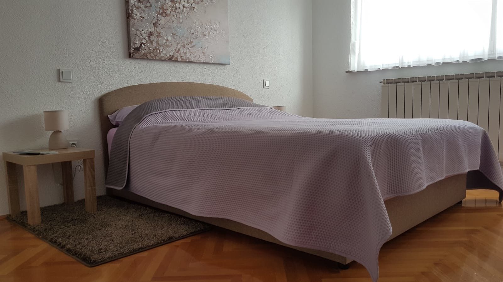Senna Apartment: Beautiful 3-Bedroom Apartment in City Centar