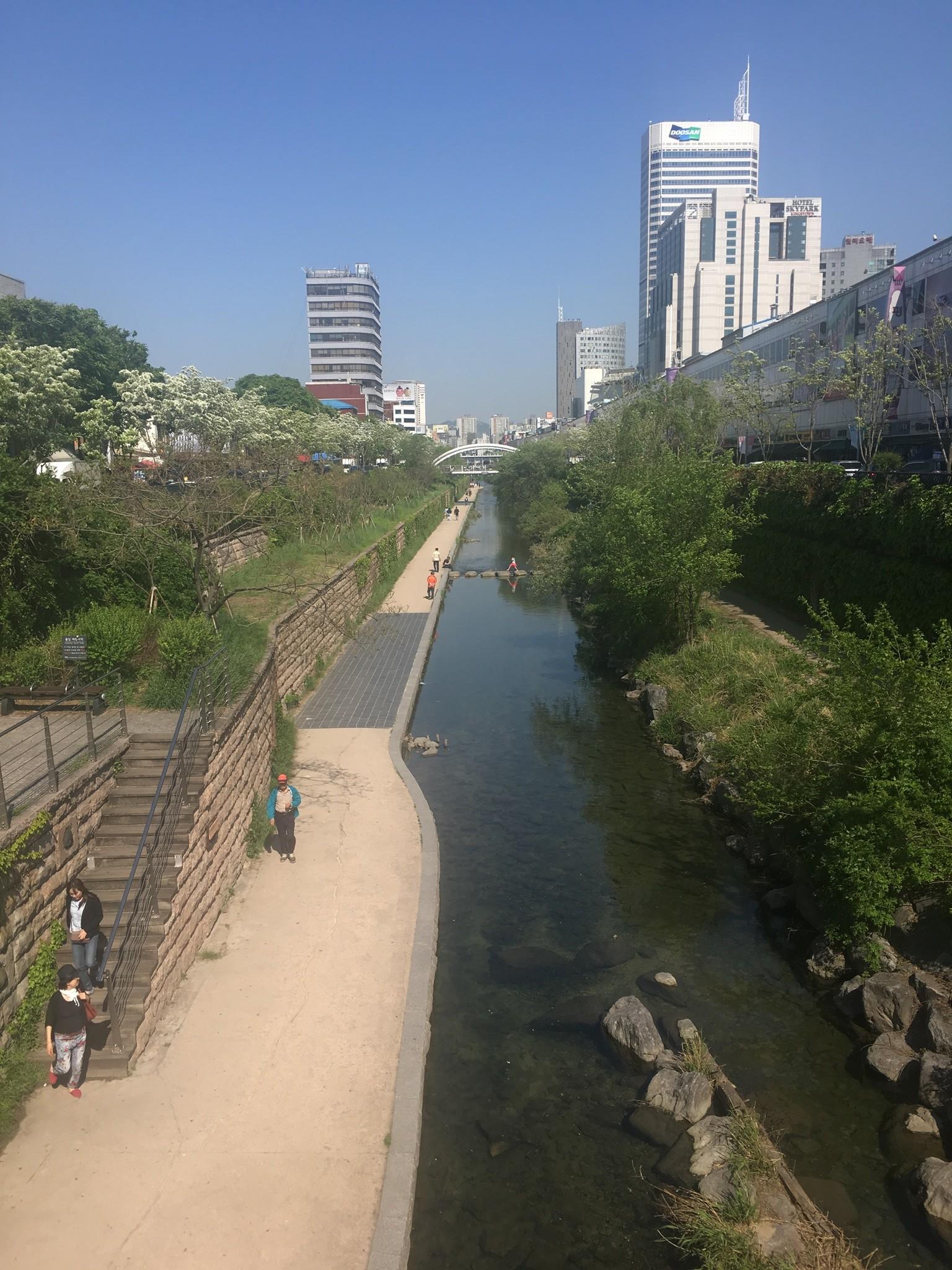 seoul-south-korea-227c3643c62a4df753612c