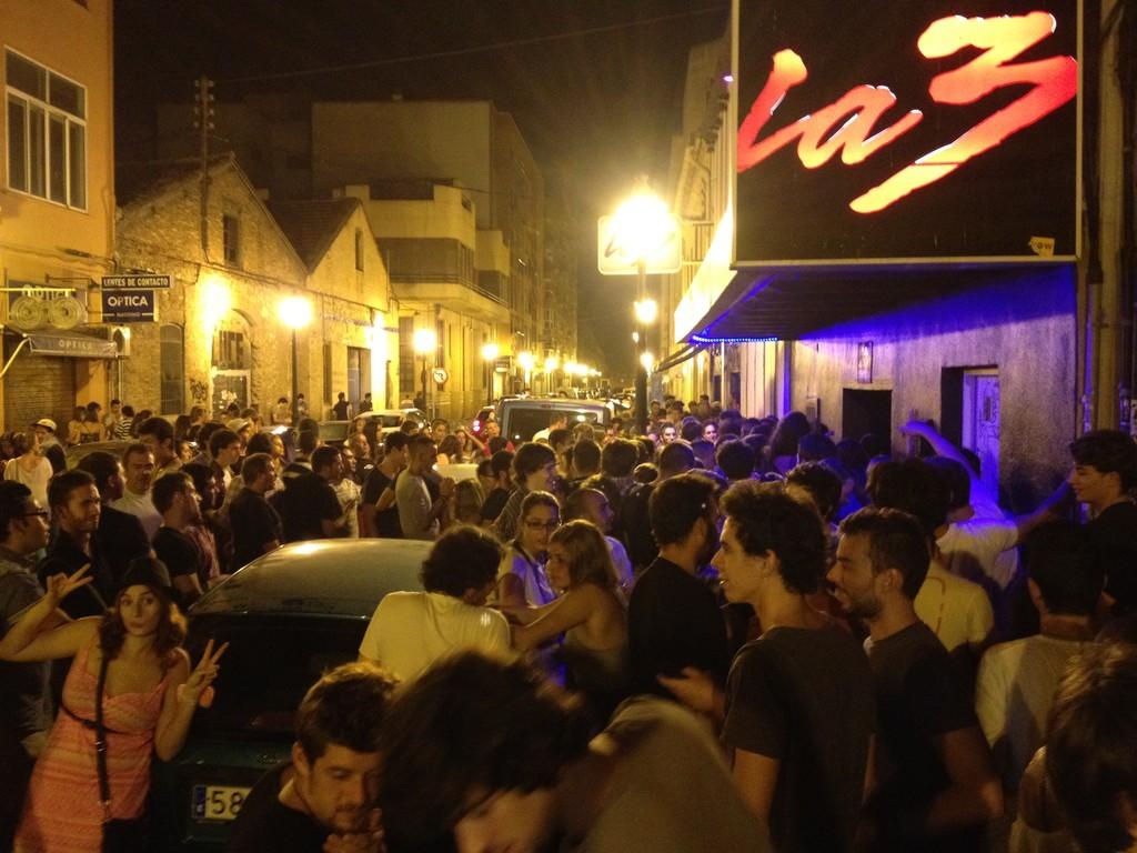 September 19 2012 las discotecas erasmus blog valencia spain - Discoteca akuarela valencia ...
