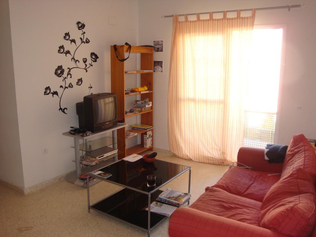 Sevilla habitaci n en piso nuevo y luminoso a menos 5 for Piso 1 habitacion sevilla