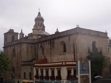 Sevilla Parte 8 Iglesia De La Anunciacion Y Calle Sierpes