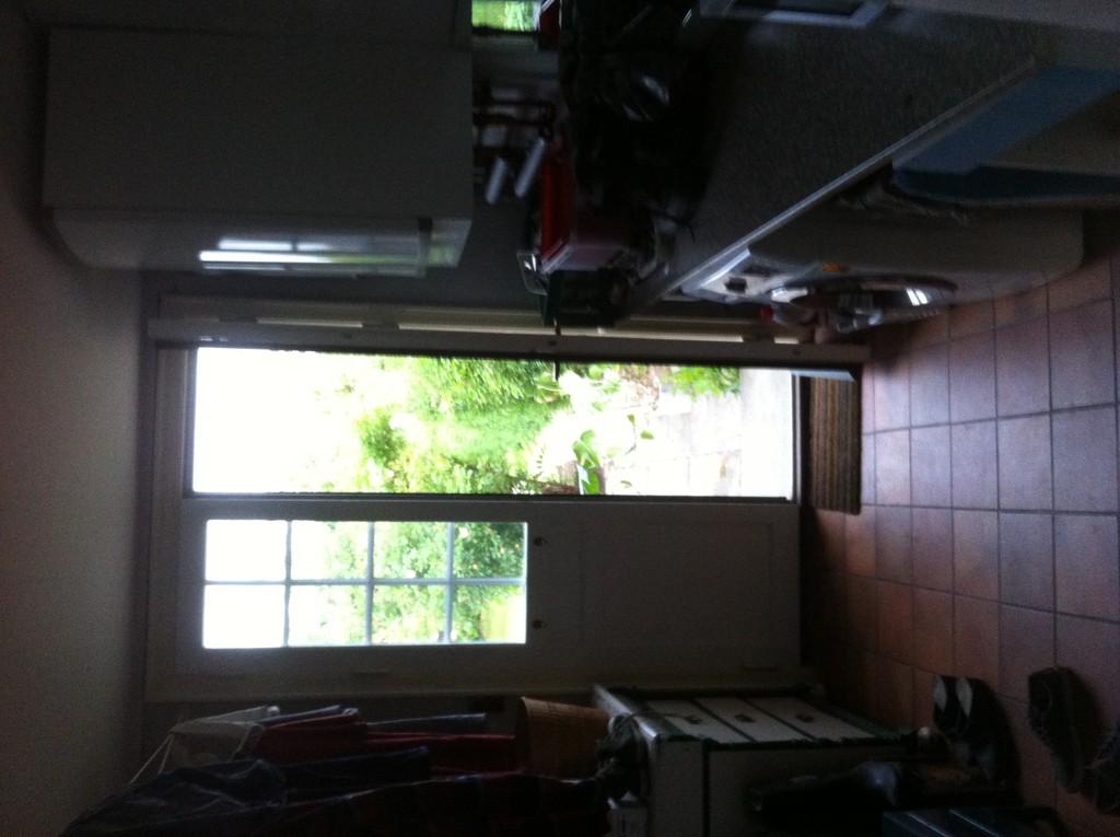 simple-room-simple-house-2993bef8a38e76ac669381b090835308