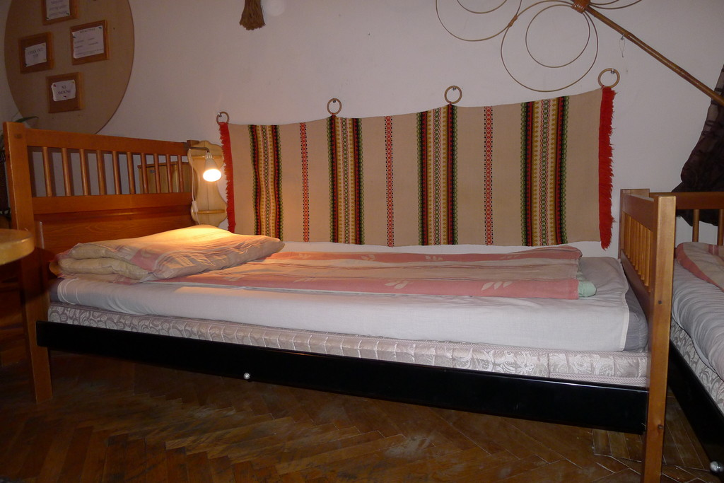 Single bed in a six bedded ensuit dorm good quality real for Good quality single beds