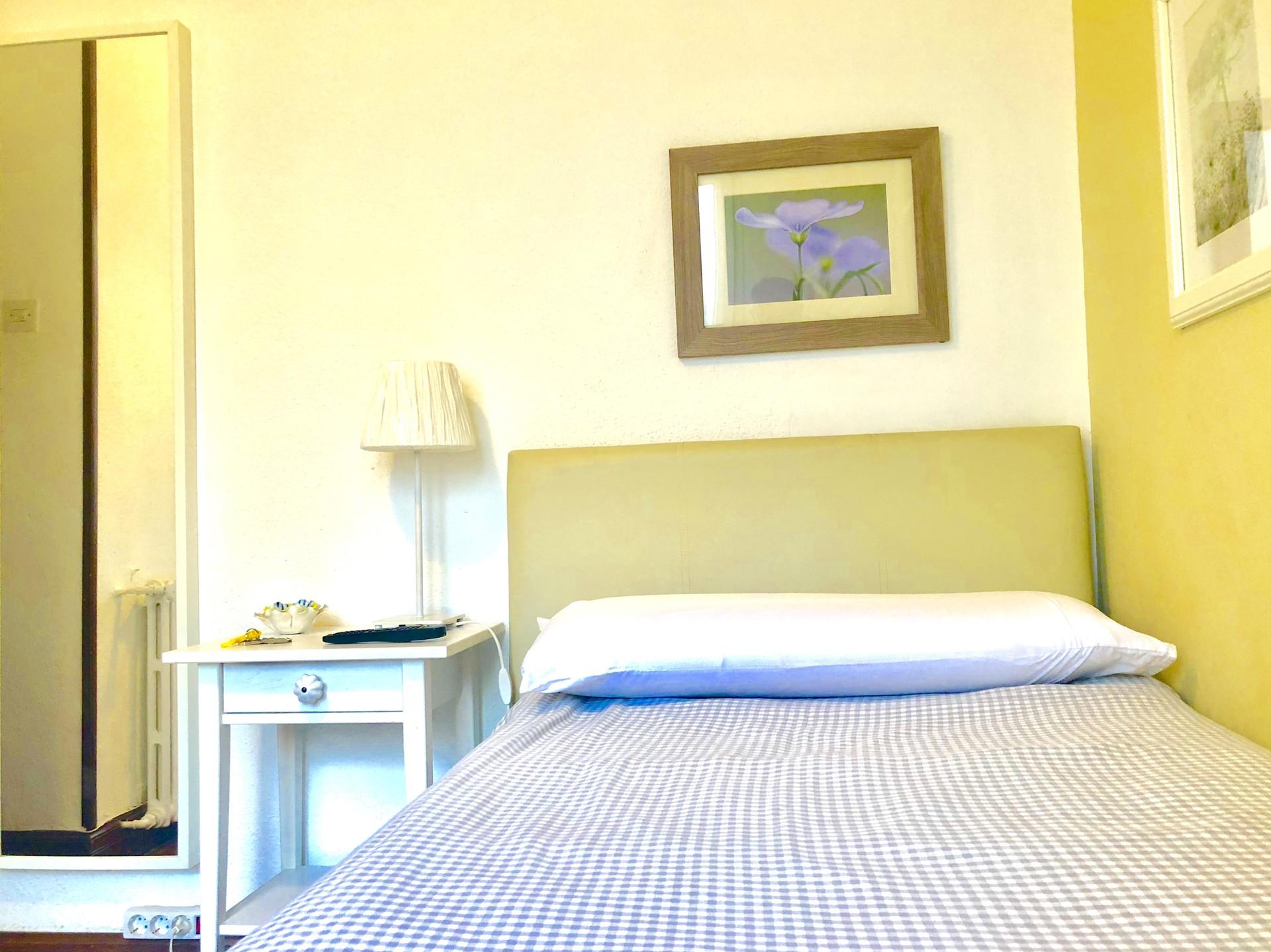 Single Bed in Rooms for rent in 5-bedroom apartmen