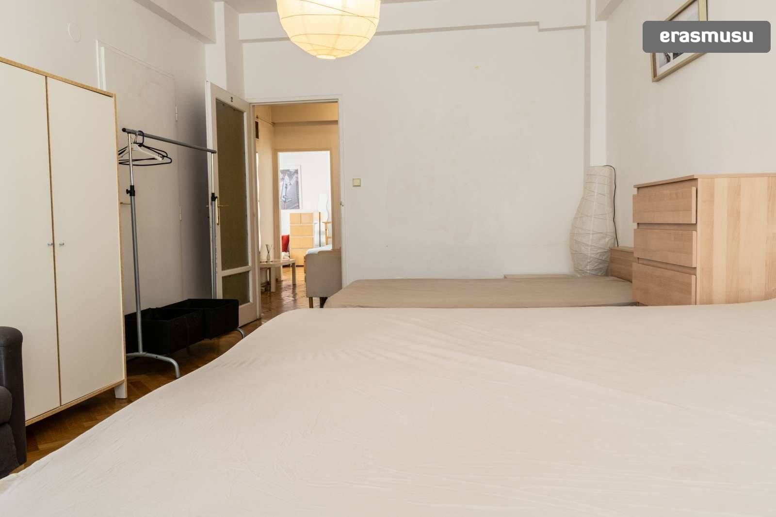 Single Bed In Rooms For Rent In Charming 3 Bedroom Apartment In Old Town Room For Rent Prague