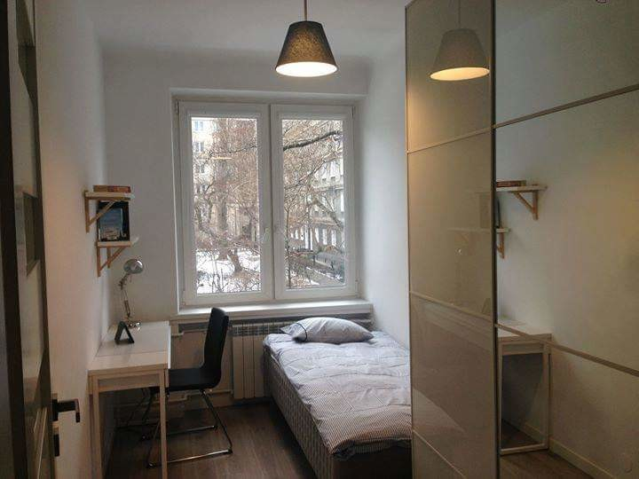 single-room-close-metro-wilenski-8db3ef92823ae8fd023b722ca1832683