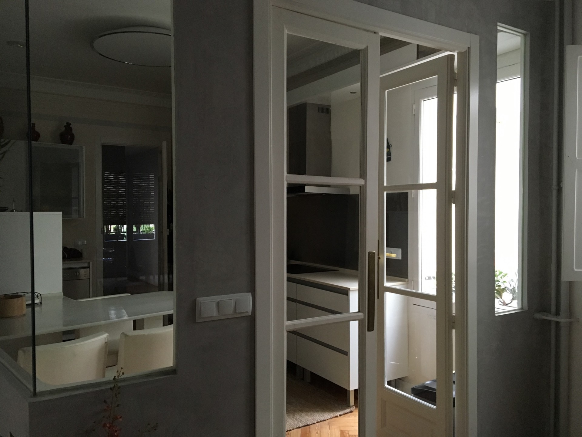 Bright And Large Room With En Suite Bathroom Center Of Madrid Room For Rent Madrid