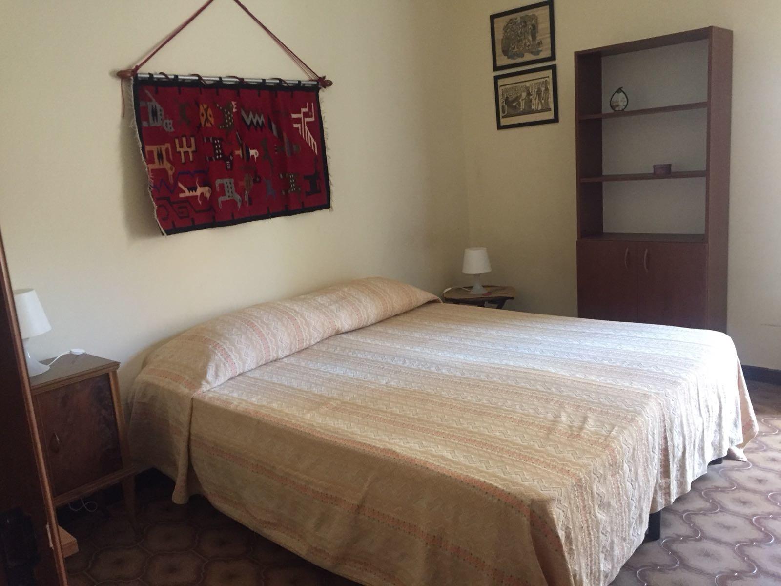 single-room-zone-castello-ursino-970ce55348d0866d1b1ebae49723981b