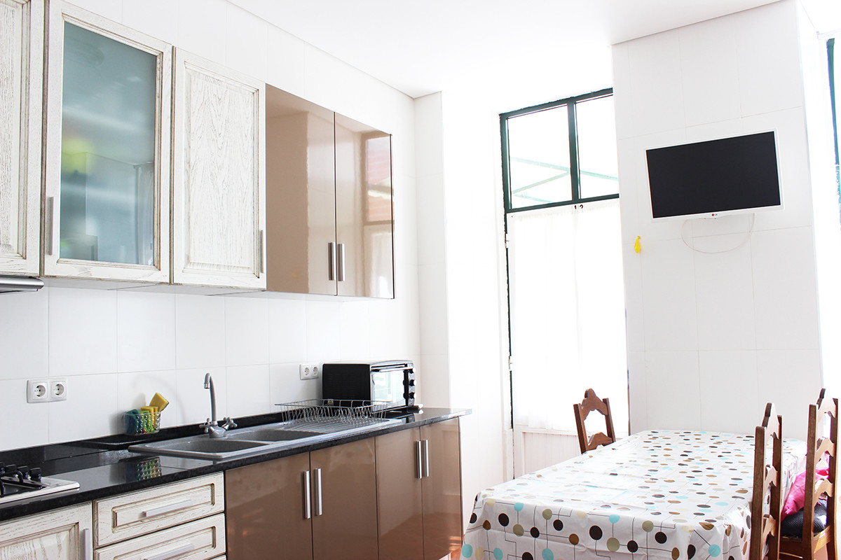 Single/double room (for girls) near Psychology University in Coi