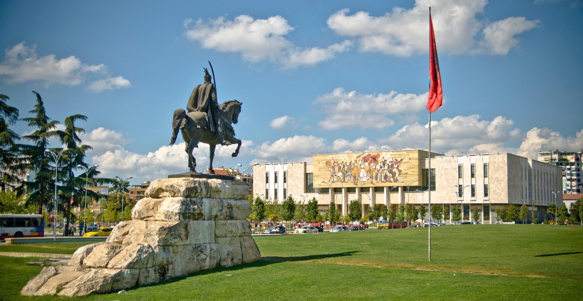 Skenderbeg Platz